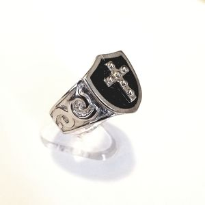 New stainless steel cross ring size 8